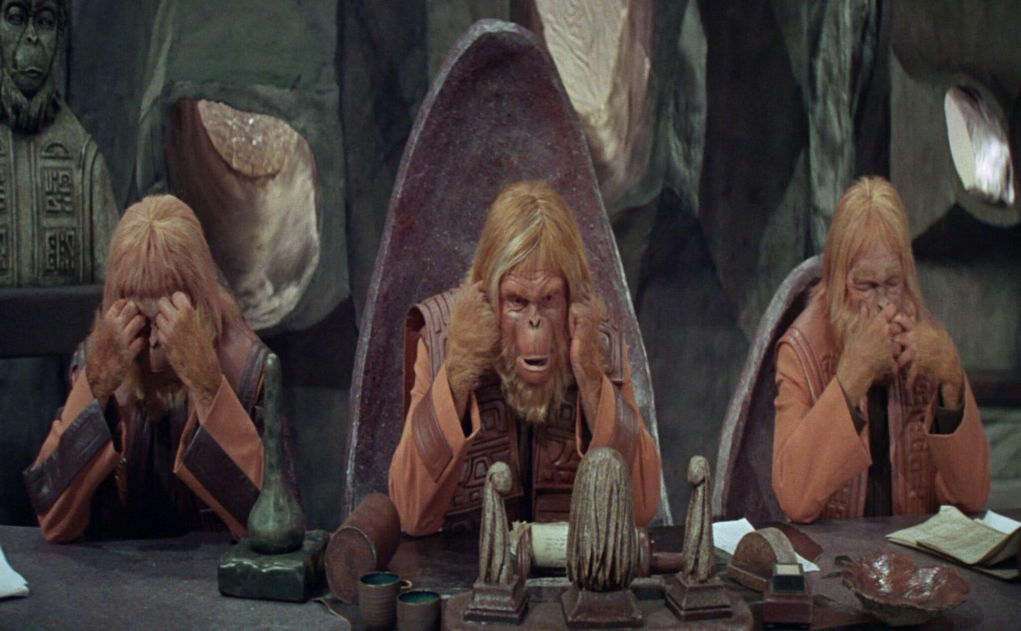El planeta de los simios. Los tres monos sabios: «No ver el Mal, no escuchar el Mal y no decir el Mal»